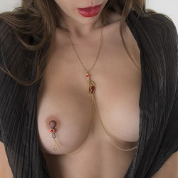 Butterfly Wing Non-Piercing Nipple Necklace in Gold